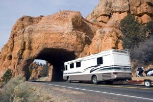 Should You Get a Travel Trailer or a Motorhome?