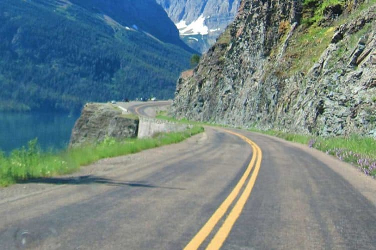 How to Safely Drive an RV on Mountain Roads