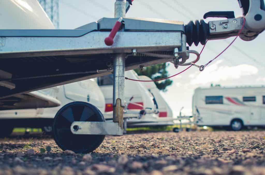 Should a Travel Trailer be Level When Towing?